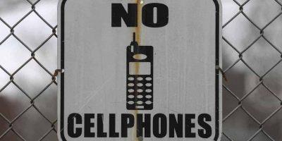 Telefoane in camerele de detinere