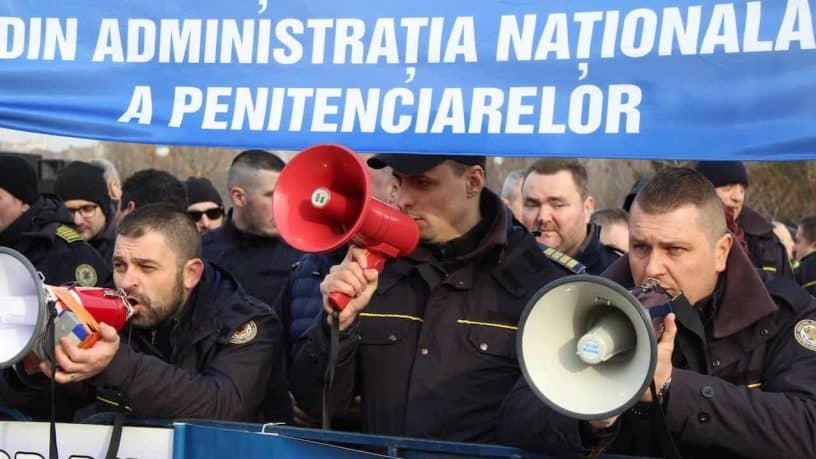 Actiune de protest ale politistilor, personalului din penitenciare si ale rezervistilor militari, Parlamentul Romaniai 08 februarie 2019 (2)