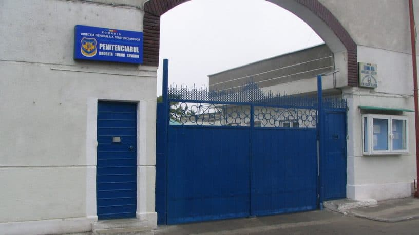 Scandalos! Indolenta parsiva a sefiilor din ANP pune in pericol angajatii din penitenciare